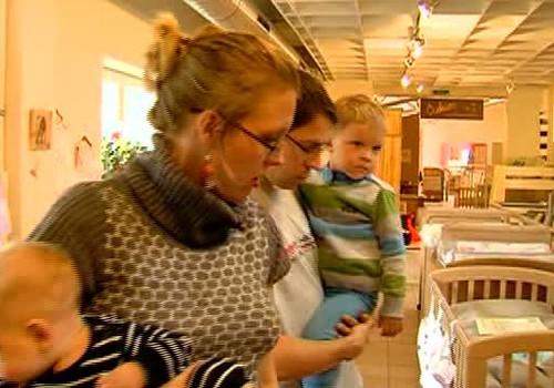 VIDEO: Dodamies izvēlēties mēbeles bērnistabai