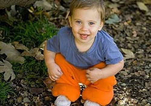Psiholoģe: bērniem pēc 6 mēnešu vecuma ir izteikta piesaistes uzvedība!