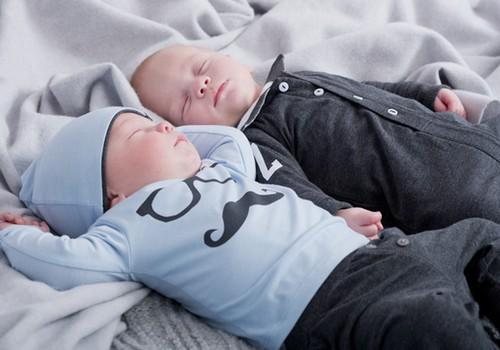 Kā pareizi ģērbt mazuli ziemā?