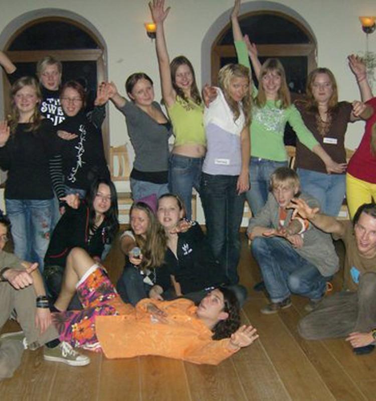 Jaunieši lūdz Rīgas mēram neapturēt Bērnu tiesību aizsardzības centra darbību