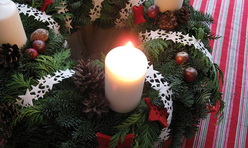 24 dienas līdz Ziemassvētkiem: Sveicieni pirmajā Adventes svētdienā!