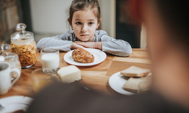 Bērns negrib ēst. Vai piespiešana veicina apetīti?