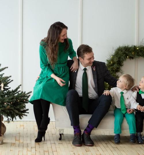 """""""Ģimenes var veidot dažādi"""" – Rokpeļņu ģimene. Jaundzimušā adopcija."""