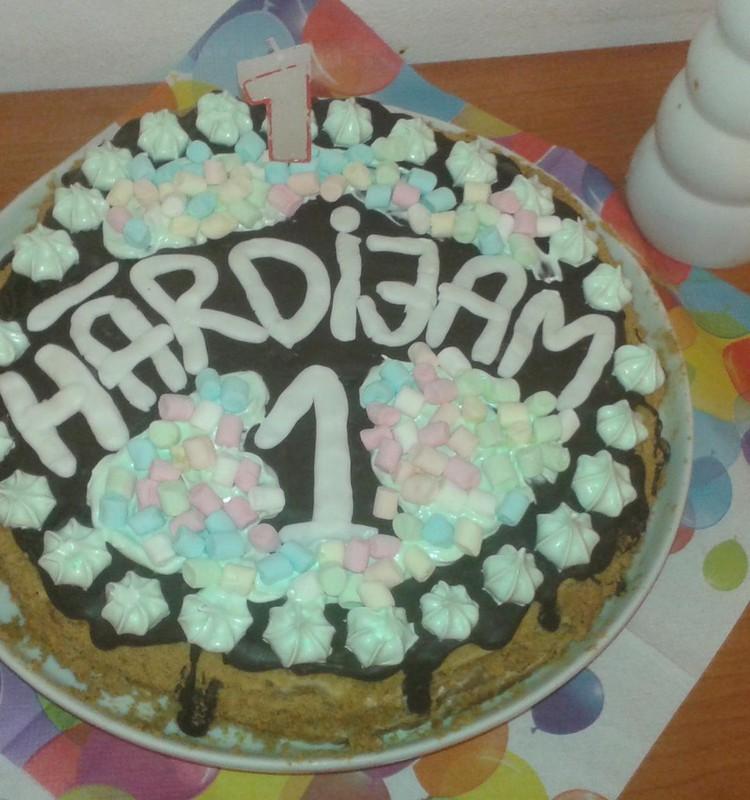 Denīzes un Hārdija divpadsmit kūkas!