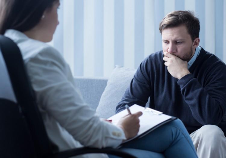 Veselības ministrija šogad ieviesīs virkni jaunus psihiskās veselības aprūpes pasākumus; no gada vidus varēs saņemt valsts apmaksātu terapiju pie psihologa vai psihoterapeita
