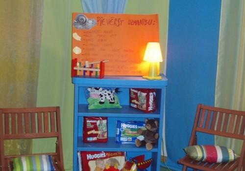 Notikusi pirmā bērnu audzināšanas nodarbība pie psiholoģes Sanitas Aišpures!
