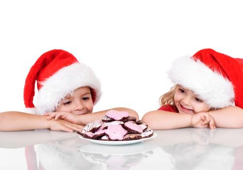 """Ziemassvētku labdarības akcija """"SASILDĪSIM SIRSNIŅAS!"""""""