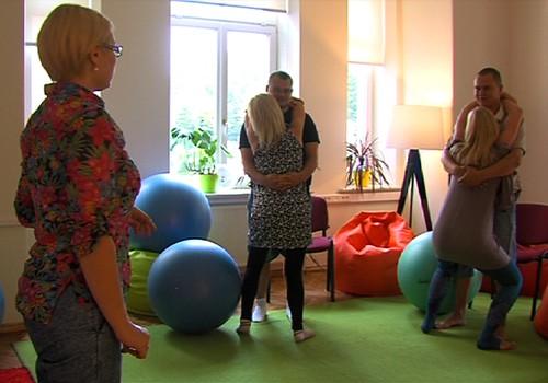 04.10.2015.TV3: priekšlaikus dzimuši mazuļi, gatavošanās dzemdībām, Baha ziedu terapija