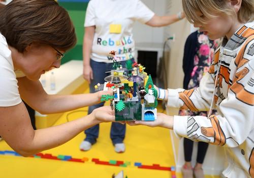 Bērnu rotaļas ar LEGO® klucīšiem- nebeidzams fantāzijas un radošuma lidojums