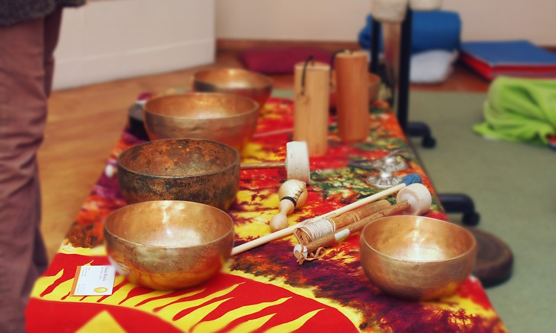 FOTO: aicinām uz gongu meditāciju Māmiņu klubā