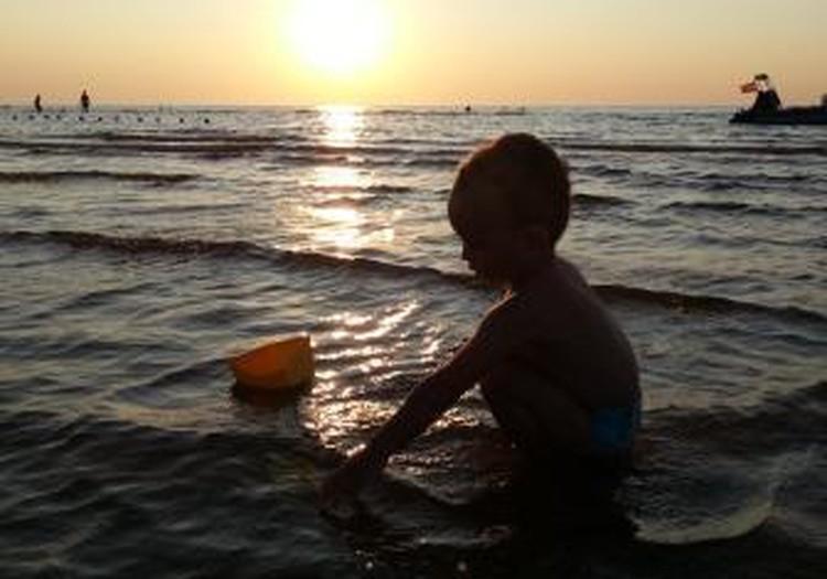 Vasara, jūra un ... plikie dibeni