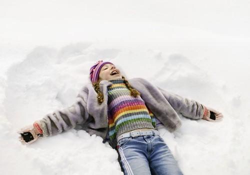 DISKUSIJA: Cik lielā aukstumā tu ar bērnu dodies ārā?
