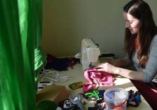 Kā izdekorēt māju Lieldienām? Jautā ONLINE TV aktīvajai māmiņai Intai Sinatei Ķergalvei
