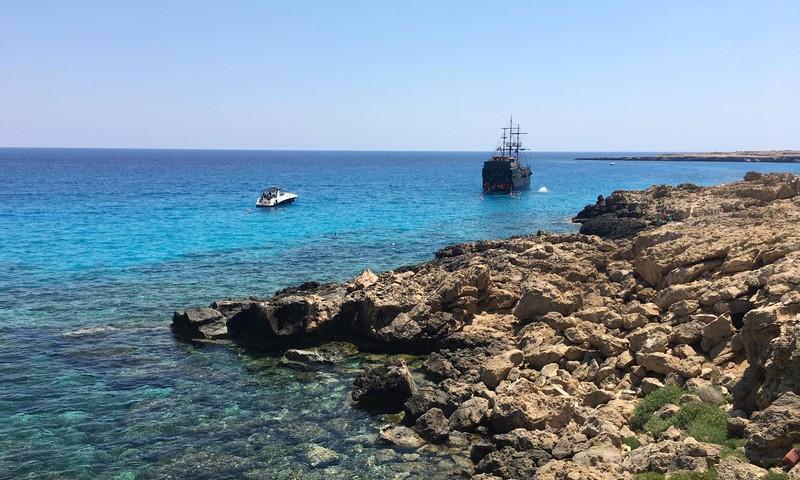 Braucam ar bērniem uz Kipru: Burvīgā Ayia Napa apkārtne