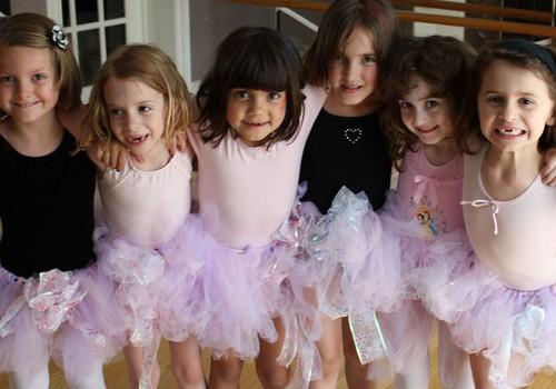 Sākt nodarboties ar baletu var līdz pat 10 gadu vecumam