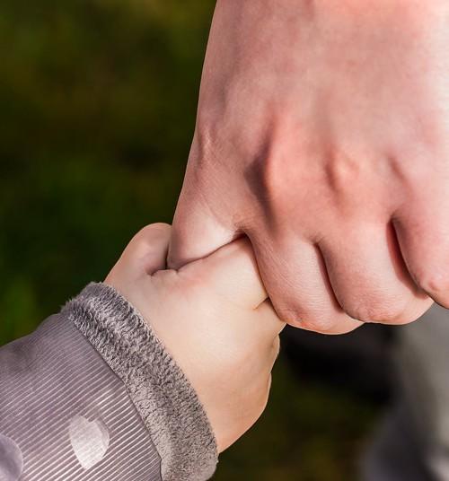 Vēlies, lai bērns būtu patstāvīgāks? Noskaidro, vai nepieļauj kādu no šīm kļūdām