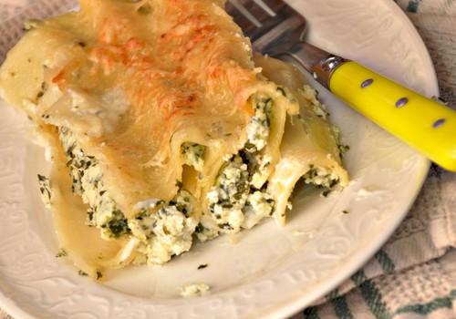 Itāļu pusdienas - cannelloni con ricotta e spinaci