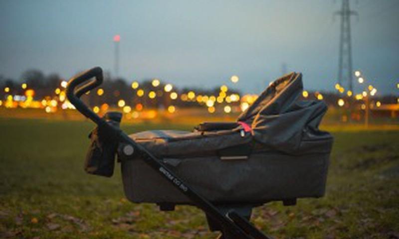 Vai tu bērnu ratiem izmanto atstarotājus?