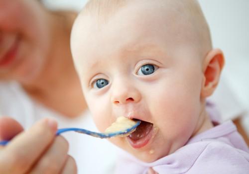 Atbildes uz 9 biežākajiem māmiņu jautājumiem par mazuļa ēdināšanu