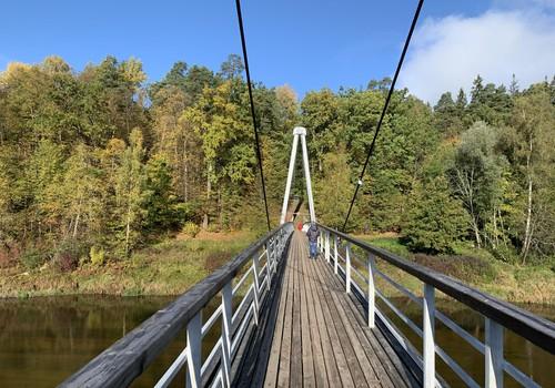 25 foršas vietas Latvijā, kur doties vērot zelta rudeni