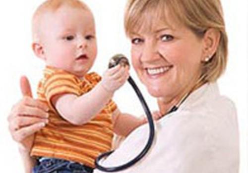 Kam Tu uzticies vairāk- ģimenes ārstam vai pediatram?
