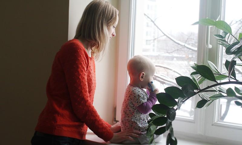 Meklējam māmiņu ONLINE TV, kura varētu pastāstīt par to, kā stiprināt pāra attiecības
