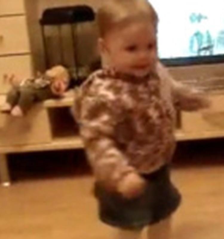 Video: Deja uz riņķi vien, uz riņķi vien