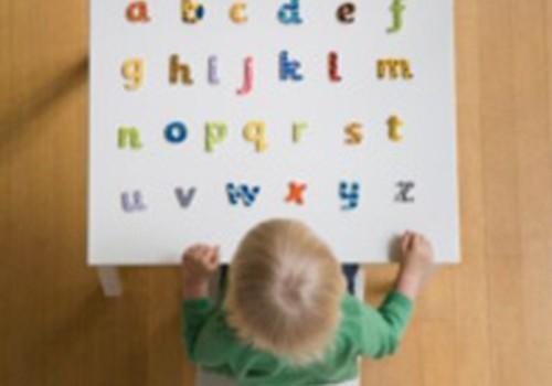Kad un kā sākt mācīt mazulim burtiņus? 1.daļa