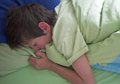 Slapināšana gultā ir atrisināma