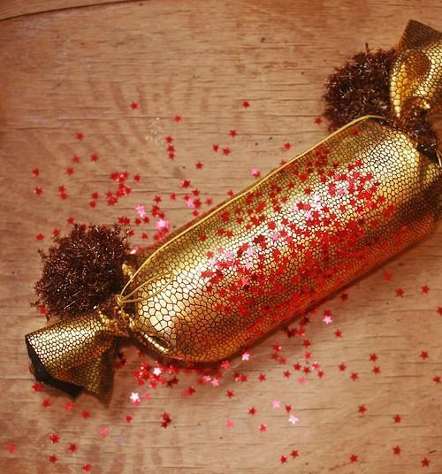 Gaidot Ziemassvētkus: Gatavojam iepakojumu karamelēm