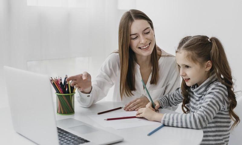 Bērns mācās no mājām: kā efektīvi organizēt laiku un ko ņemt vērā?