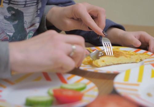 Iekļauj savas ģimenes brokastu ēdienkartē omleti!