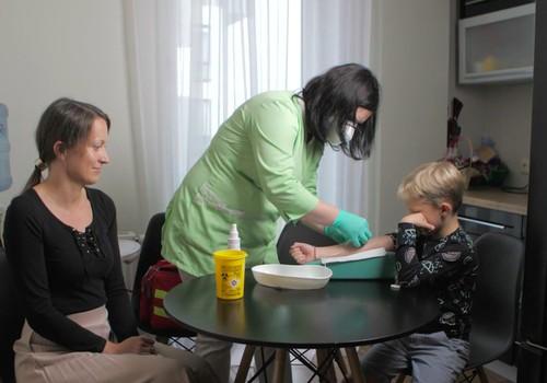 3 biežākās vecāku kļūdas, vedot bērnu nodot analīzes vai vakcinēties