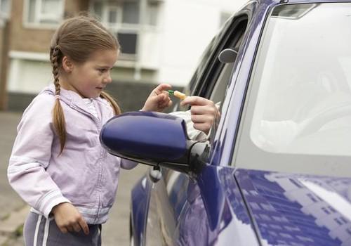 7 dzīvību glābjoši padomi, kurus katram vecākam vajadzētu iemācīt saviem bērniem