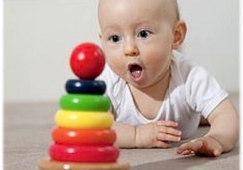 Rotaļlietas zīdaiņiem un zīdaiņu rotaļlietu nozīme