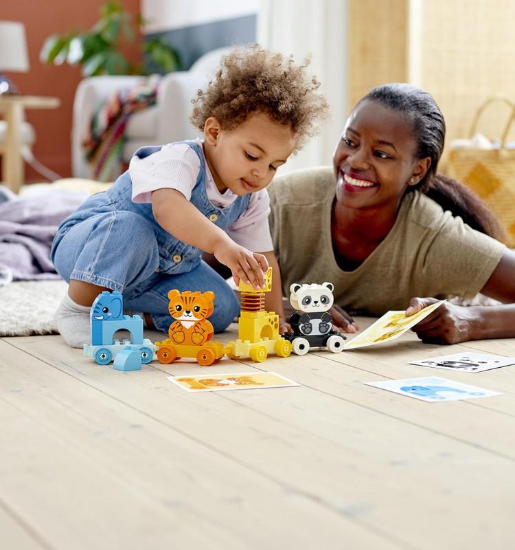 Mācīšanās caur rotaļāšanos jau no agras bērnības. Padomi, kā to darīt visveiksmīgāk
