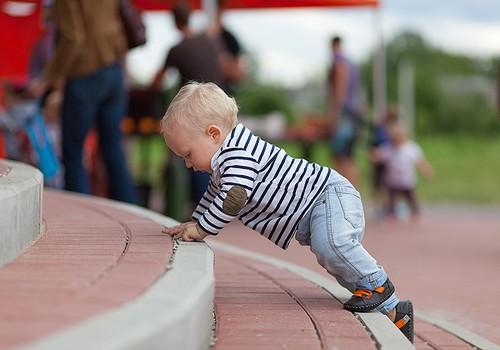 Dienas fzioterapeita raksts: Kā izvēlēties vasaras apavus bērniem?