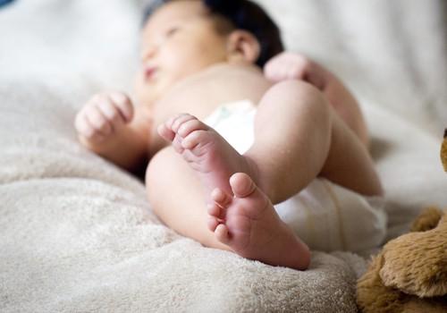 Kā attīstās mazuļa tauste?