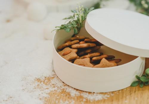 Trīs viegli pagatavojamas piparkūku mīklas receptes