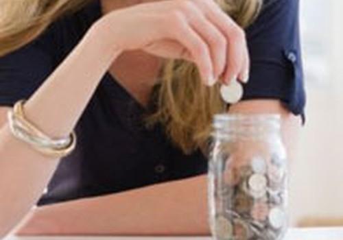 SEB banka: Vislielākos ieguldījumus veic gados vecāki cilvēki, bet aktīvākie - 25 līdz 30 gadu vecumā