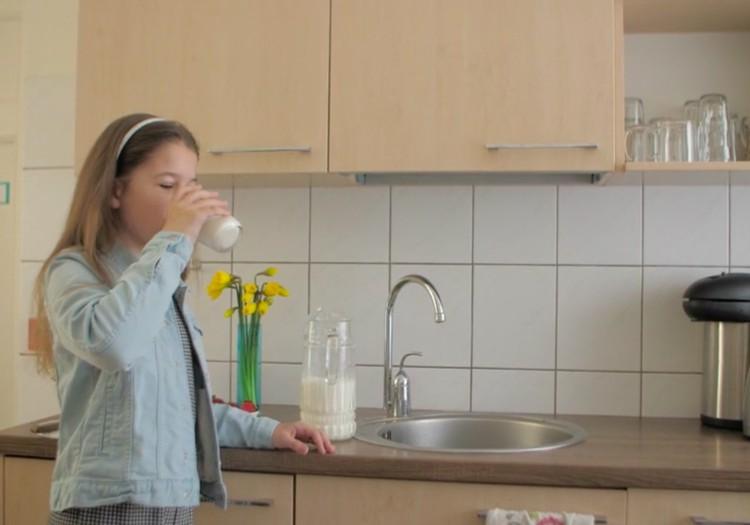 Piens - vērtīga bērna ikdienas uztura sastāvdaļa