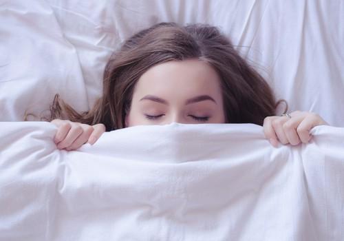 Lielākie mīti par gulēšanu