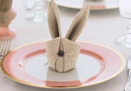 Dekoratīva salvete-zaķa ausis