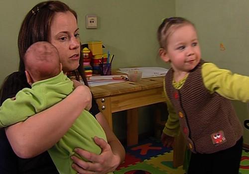 VIDEO: kā nomierināt nemitīgi raudošu mazuli