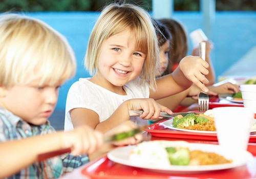 Atrisinām problēmu: Bērns neēd dārziņā