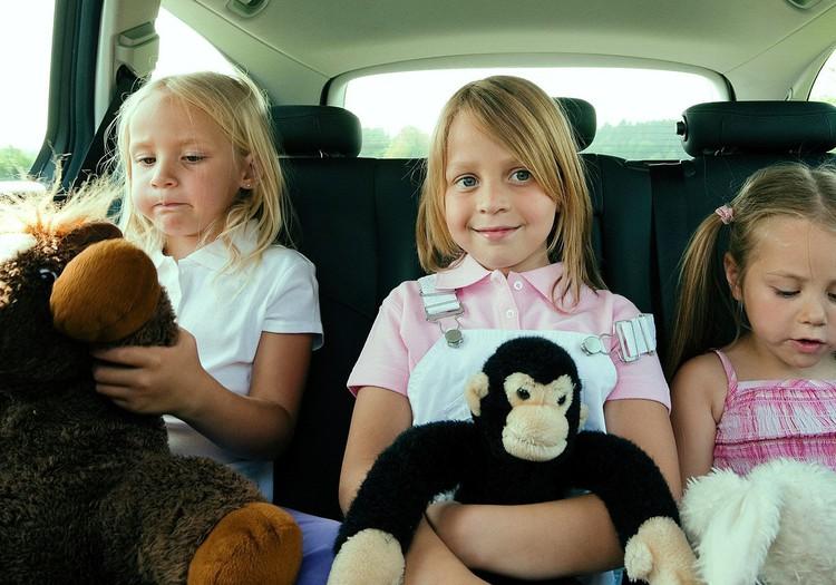 Komentāru KONKURSS: Kā izklaidēt bērnu ceļā?
