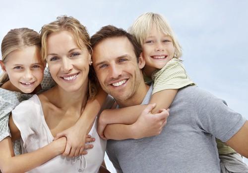 Ar ģimenes finansiālo situāciju Latvijā apmierināti 12% iedzīvotāju
