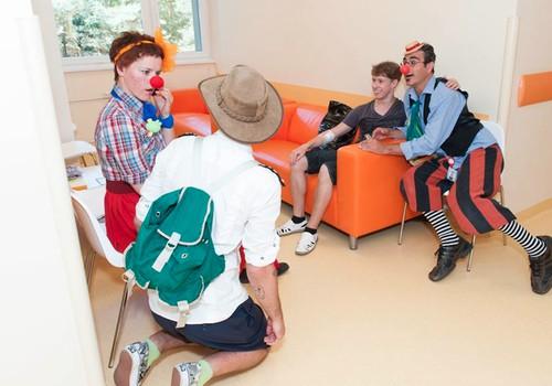 """Biedrība """"Dr. Klauns"""" organizē pirmo klaunādes labdarības meistarklasi jebkuram interesentam"""