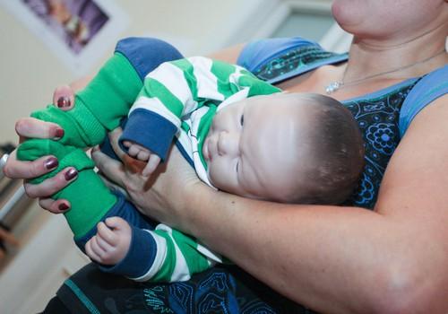 Praktiska slingu siešanas meistarklase grūtniecēm
