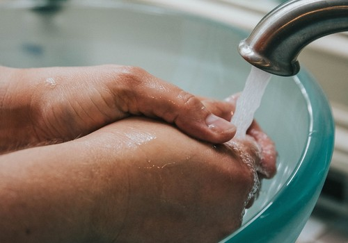 """Kampaņas """"Mazgā rokas tīras, lai no mikrobiem tās brīvas!"""" atklāšanas pasākuma tiešraide"""